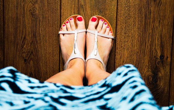 к чему снится женская обувь