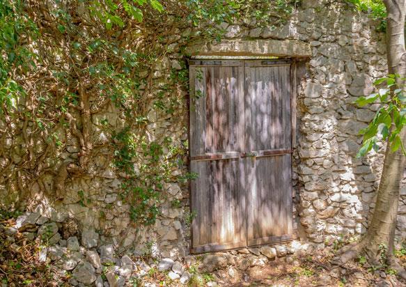 к чему снится закрытая дверь