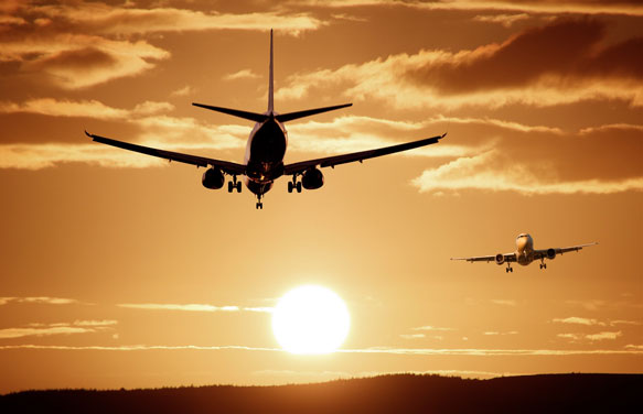 самолеты в небе картинки