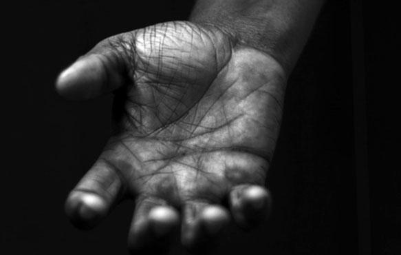 К чему снится рука мертвого человека фото