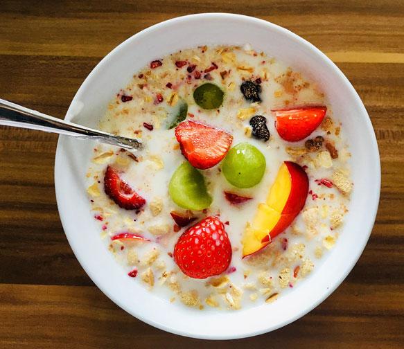 овсянка-на-кефире-для-завтрака